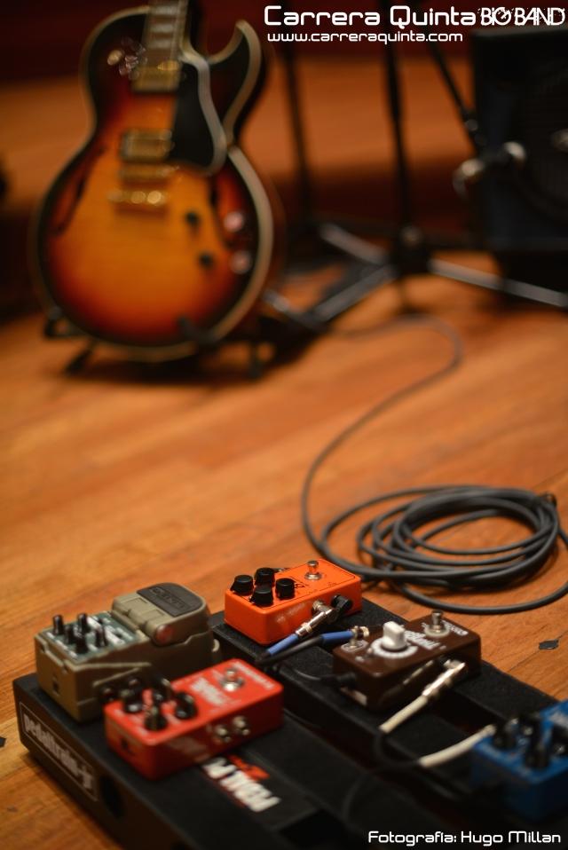 pedales-y-guitar